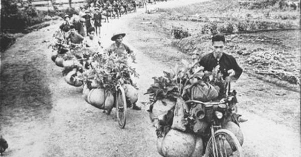 """Tạp chí Mỹ """"nể"""" sức mạnh xe đạp thồ của Việt Nam trong chiến tranh"""