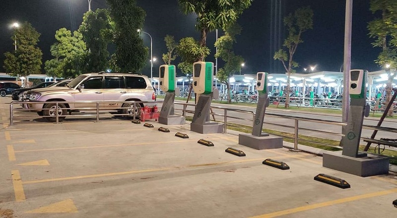 VinFast xây dựng hàng loạt trạm sạc xe  điện tại Hà Nội