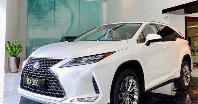 Giá xe Lexus tháng 07/2020: Cập nhật giá niêm yết và giá lăn bánh