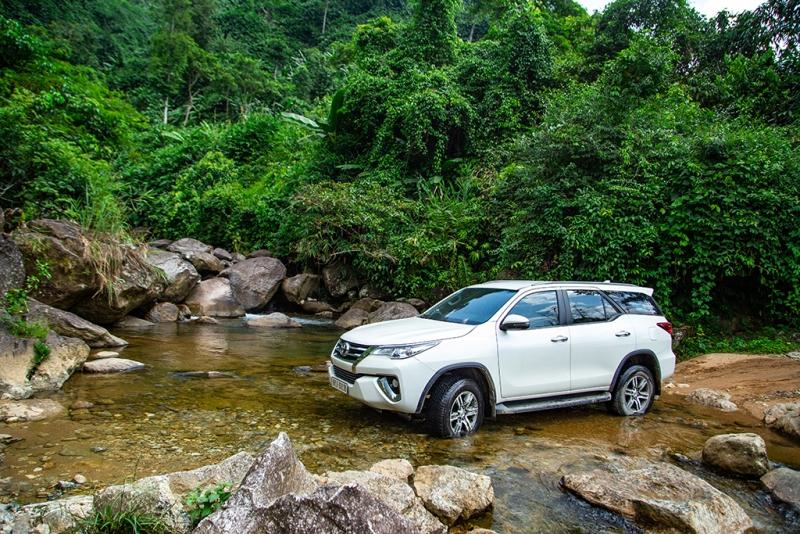 Đổ xô mua Toyota Fortuner vì được ưu đãi hơn 100 triệu đồng