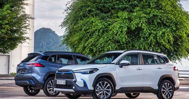 Giá xe Toyota Corolla Cross lăn bánh tháng 5/2021