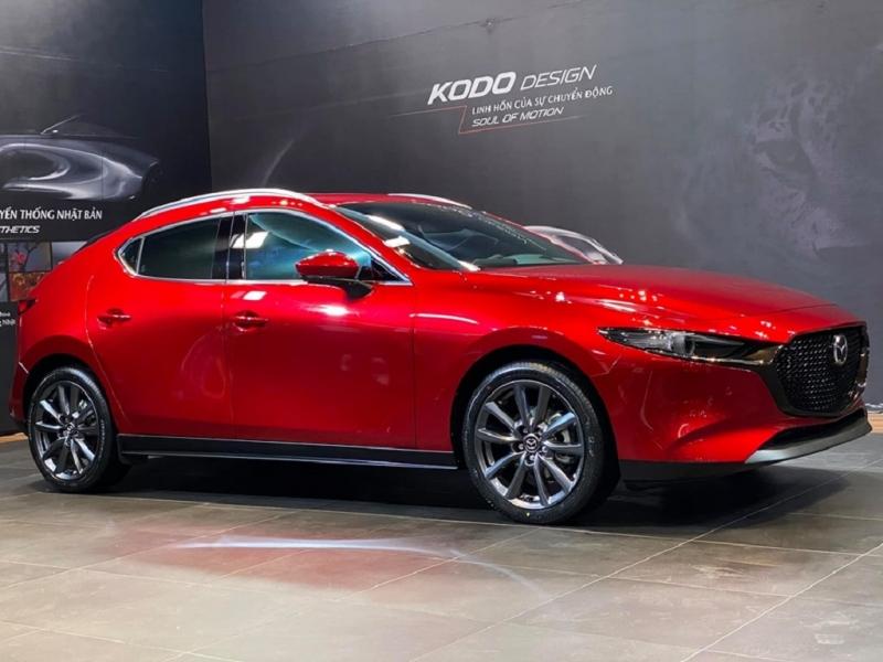 Giảm lệ phí trước bạ, giá lăn bánh Mazda3 giảm hơn 100 triệu đồng