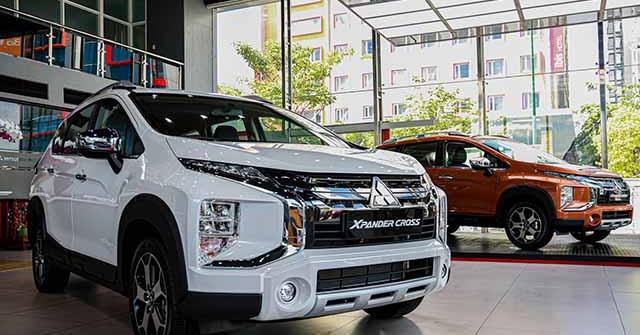 Giá xe Mitsubishi Xpander Cross lăn bánh tháng 10/2020