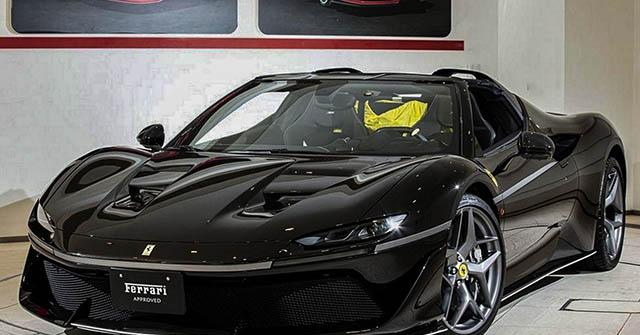 Siêu xe Ferrari J50 hàng hiếm rao bán hơn 82 tỷ đồng