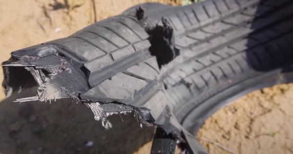 Cho bánh xe quay với tốc độ siêu thanh, YouTuber phá nát lốp xe siêu bền trong nháy mắt