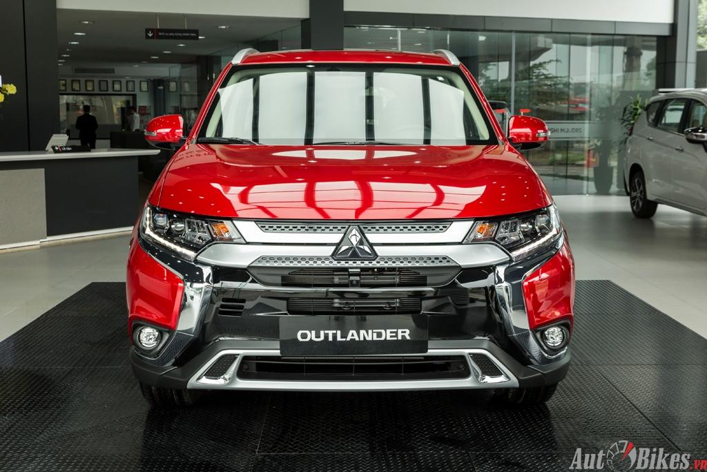 Chi tiết Mitsubishi Outlander 2020