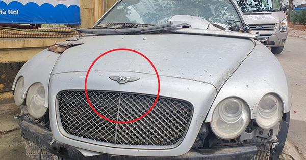 'Siêu phẩm' một thời Bentley Continental xuất hiện trên phố Hà Nội trong tình trạng vỡ nát, vài chi tiết còn sót lại gây ngạc nhiên