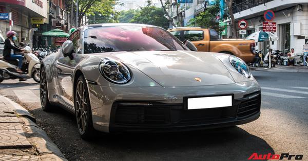 Mua Porsche 911 giống Cường