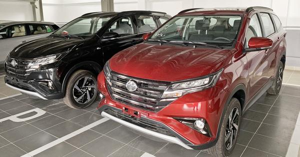 Toyota Rush bất ngờ giảm 35 triệu, còn 633 triệu đồng, đáp trả Mitsubishi Xpander