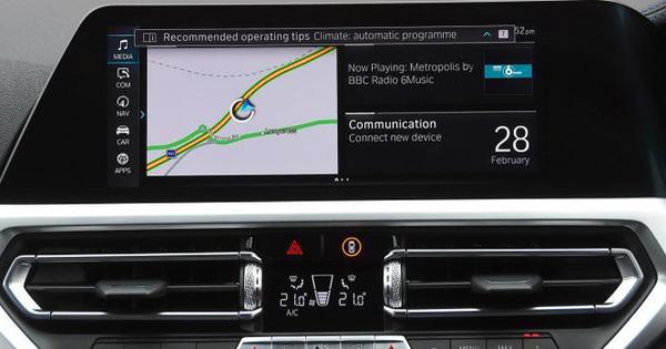 Hệ thống thông tin giải trí nào gây mất tập trung nhất trên xe hơi?