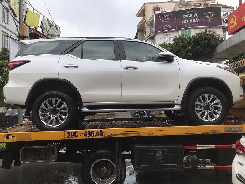 Toyota Fortuner 2021 rục rịch ra mắt tại Việt Nam