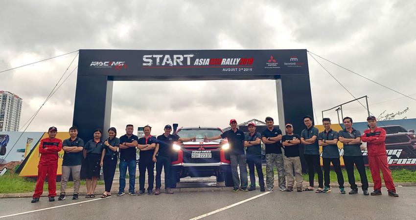 Đội đua Việt tranh tài tại giải Rally xuyên châu Á