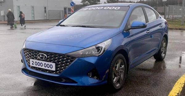 Lộ diện phiên bản nâng cấp Hyundai Accent 2020