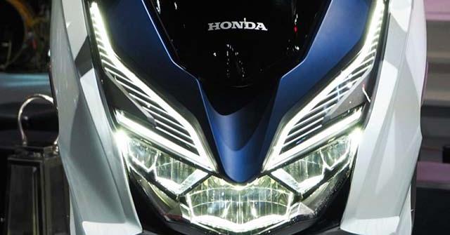 "Honda chuẩn bị tung Forza 350: Yamaha XMAX 300 ""sống trong lo sợ"""