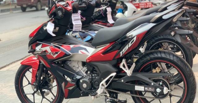 Bảng giá xe côn tay Honda Winner X tháng 3/2021