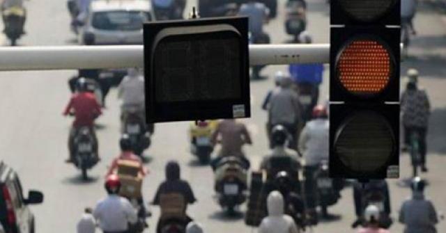 Quy chuẩn mới, khi đèn vàng tài xế cần nhớ
