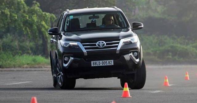 Những tính năng an toàn nào được đặt lên hàng đầu khi mua ô tô?