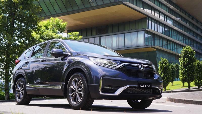 Ảnh thực tế Honda CR-V giá từ 998 triệu đồng